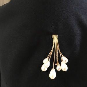 Napier Faux Pearl Vintage Pin